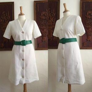 Vintage 60s Mod White Short Sleeve Scooter Dress